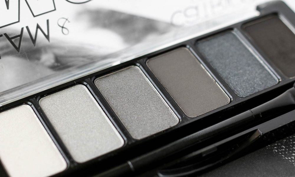 beauty-lieblinge-glam-and-smokey-lidschattenpalette-catrice-grau-1