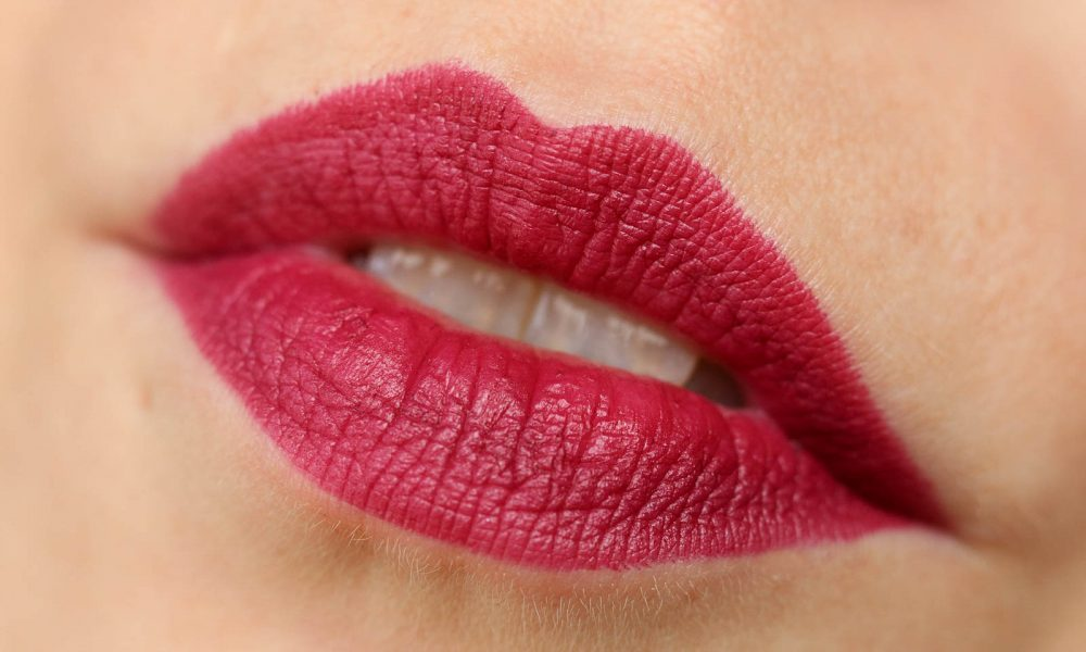 beauty-mac-d-for-danger-lippenstift-lipstick-swatch
