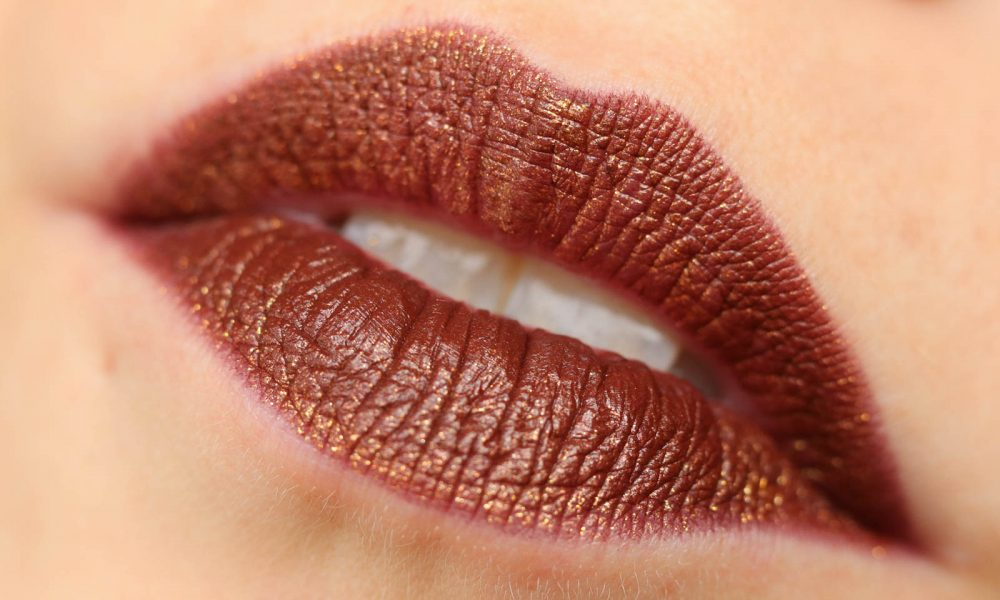 beautyblogger-favoriten-loreal-color-riche-gold-obsession-lippenstift