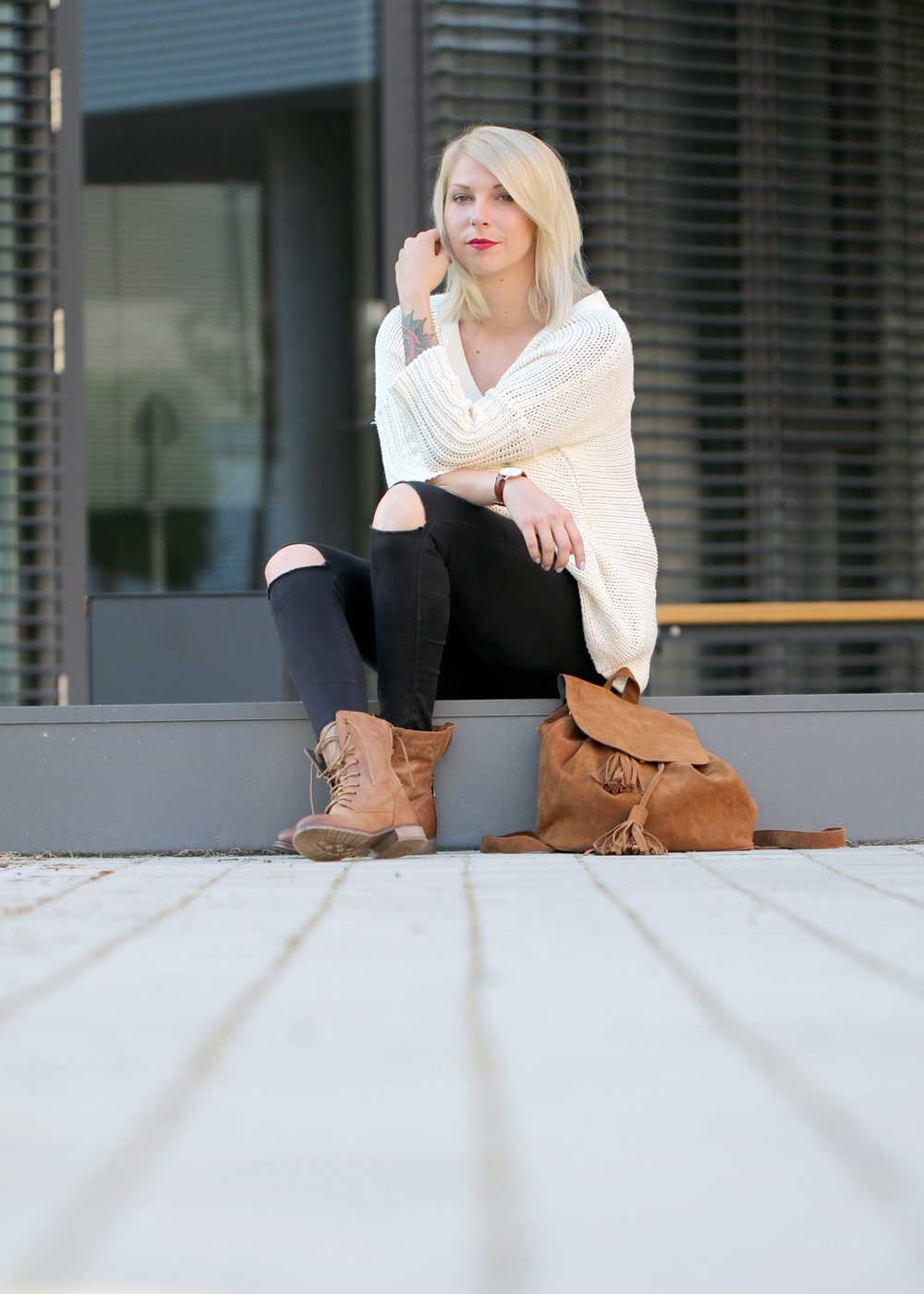 fashionbloggerin-karlsruhe-outfit-braune-schnuerboots-zign-strickpullover-noisy-may-fransenrucksack-just-fab-8