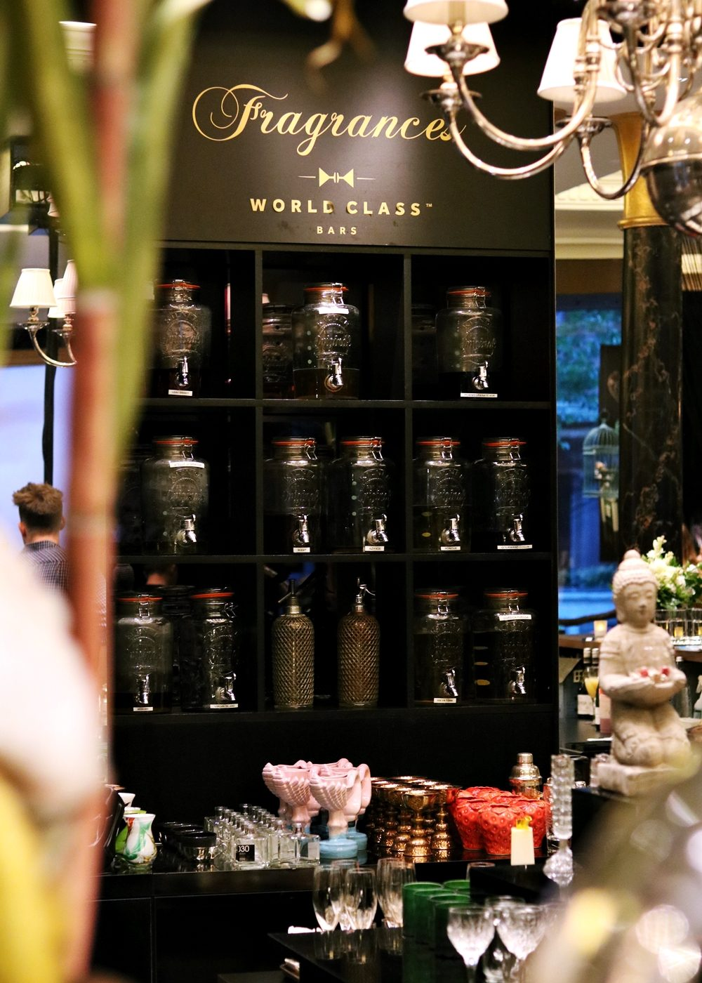 fragrances-bar-ritz-carlton-hotel-berlin-2