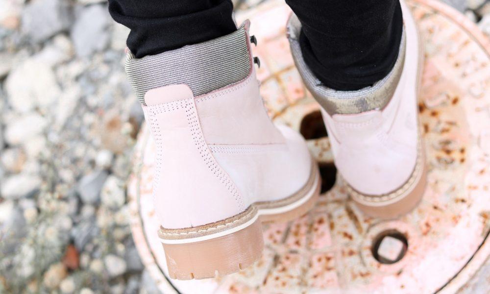 outfit-roland-schnuerstiefel-tamaris-rose-strickpullover-vero-moda-khaki-hut-jeans-12