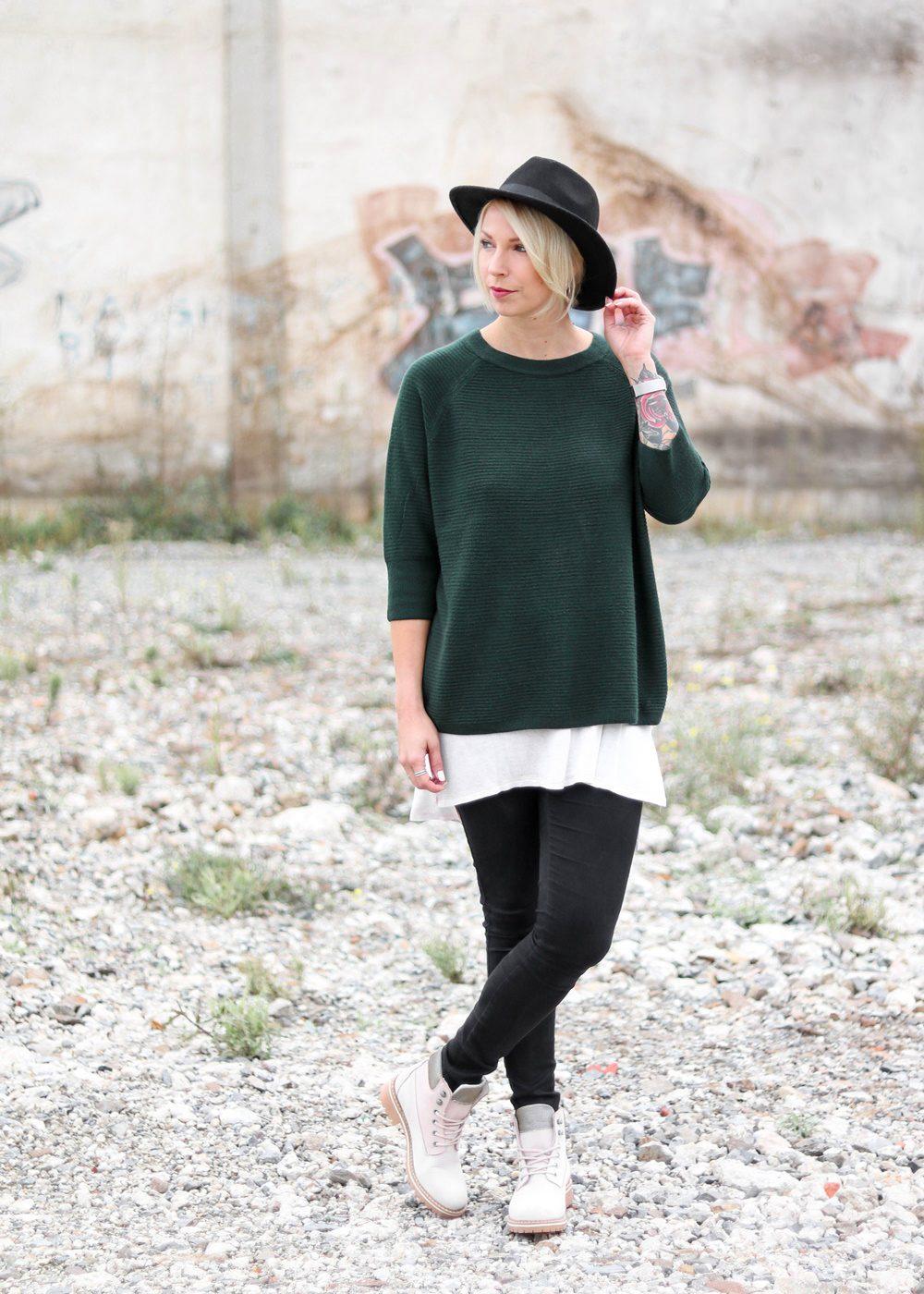 outfit-roland-schnuerstiefel-tamaris-rose-strickpullover-vero-moda-khaki-hut-jeans-2