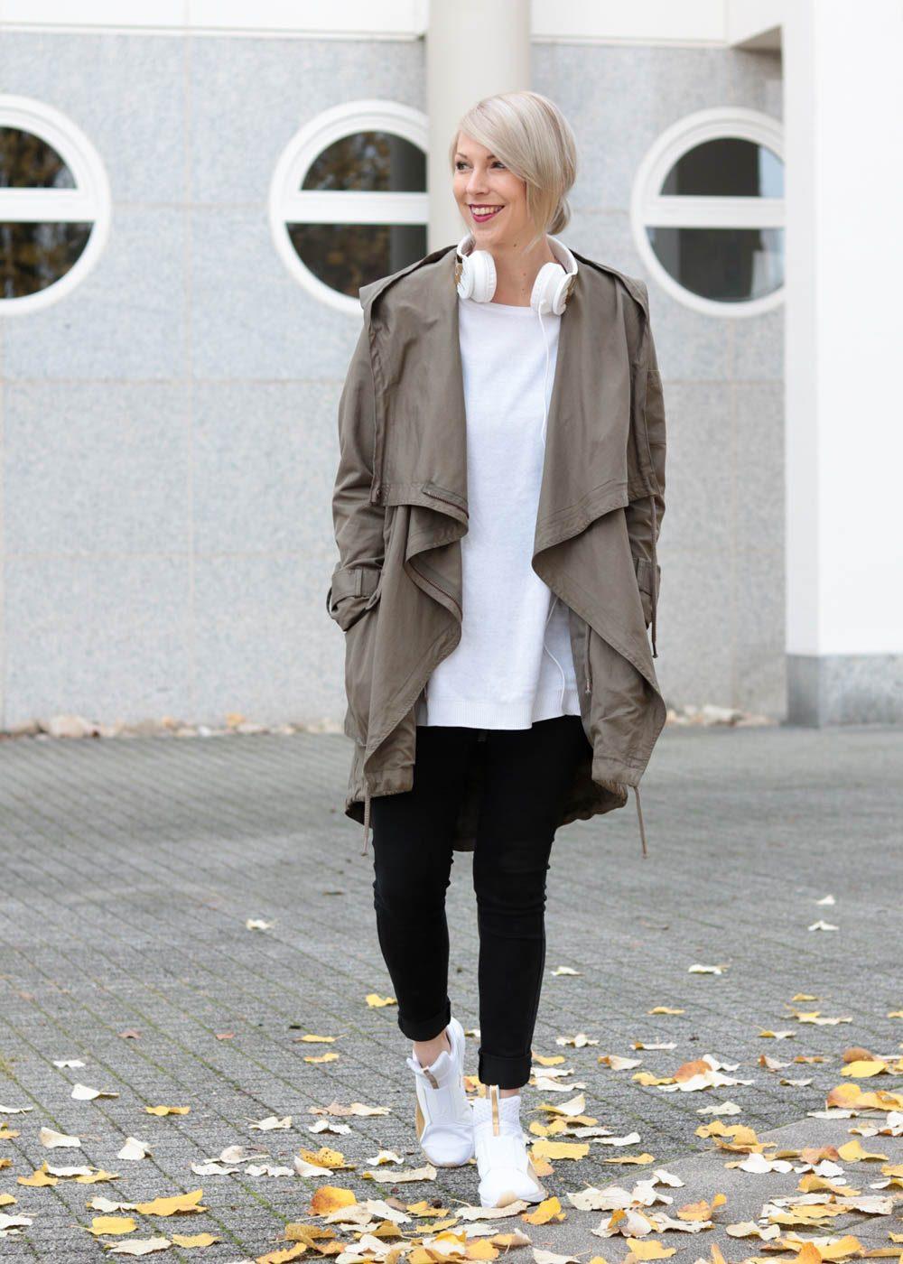 outfit-puma-fierce-weiss-gold-parka-asos-ck-kopfhoerer-3