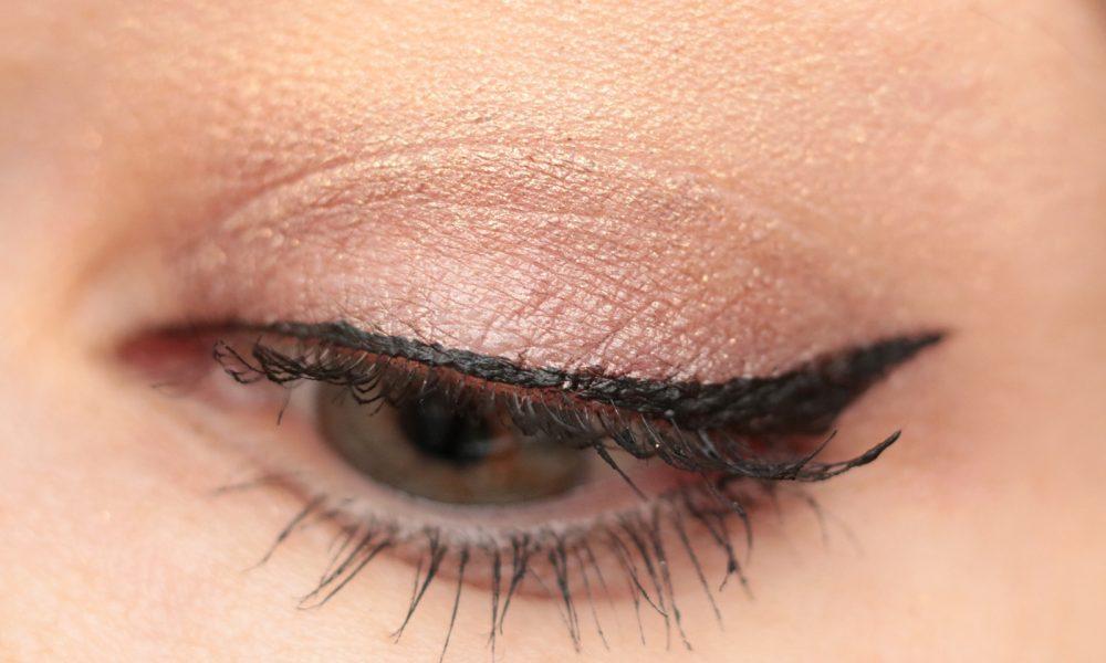 p2-mystic-whisper-eyeliner-swatch