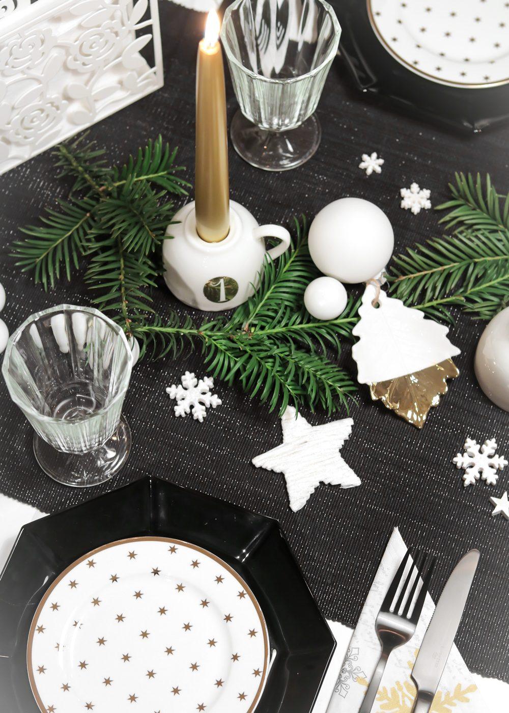 ediths-weihnachten-tischdekoration-advent-schwarzes-besteck-teller-gold-sterne-5