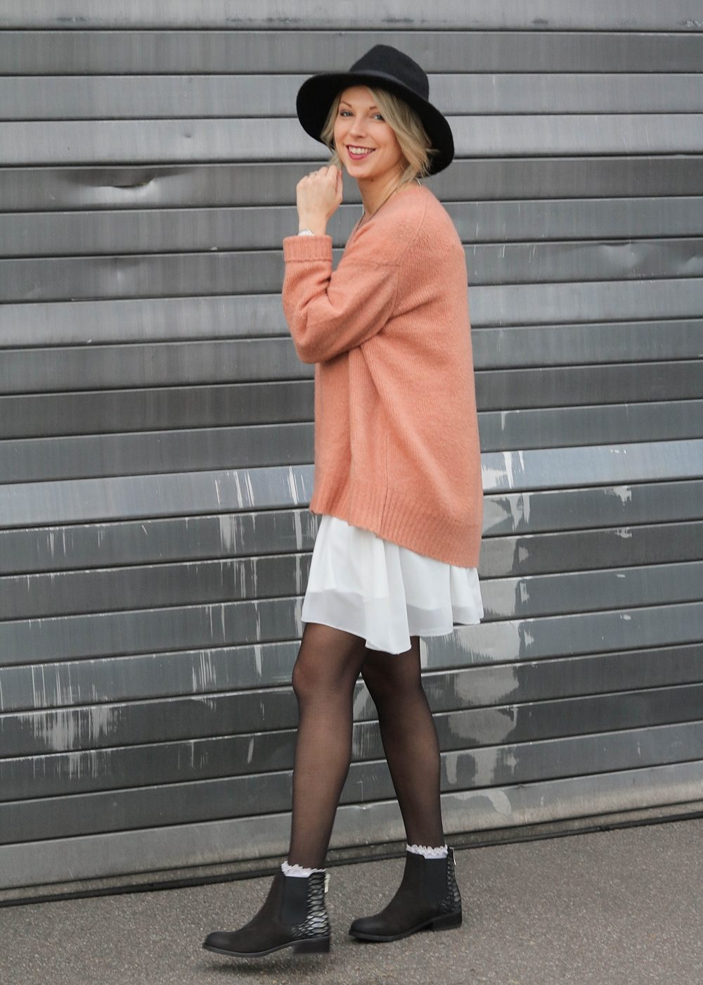 fashionblogger-outfit-ankle-boots-shoemates-rosa-strickpullover-zara-lagenlook-2