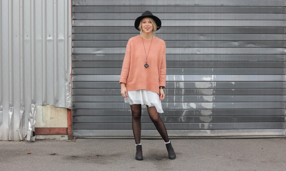 fashionblogger-outfit-ankle-boots-shoemates-rosa-strickpullover-zara-lagenlook-21