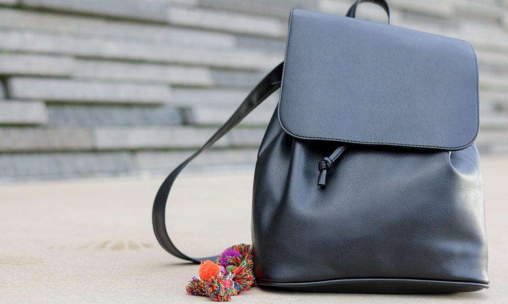 modeblogger-karlsruhe-outfit-herbst-kleid-vero-moda-rostrot-schwarzer-mantel-overknees-hut-25-von-29