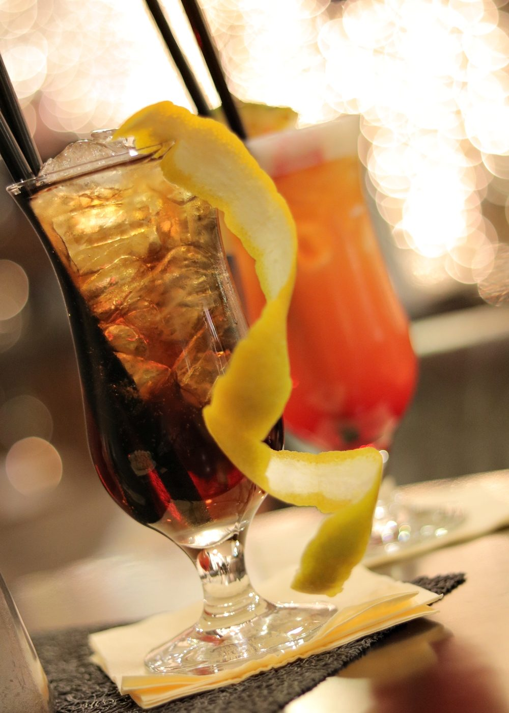park-inn-hotel-koeln-city-west-hotelbar-cocktails