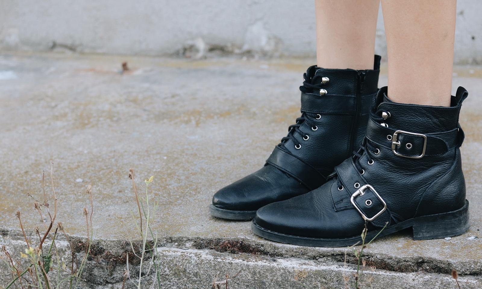Schwarze Boots mit Schnallen Sacha Schuhe Stiefeletten