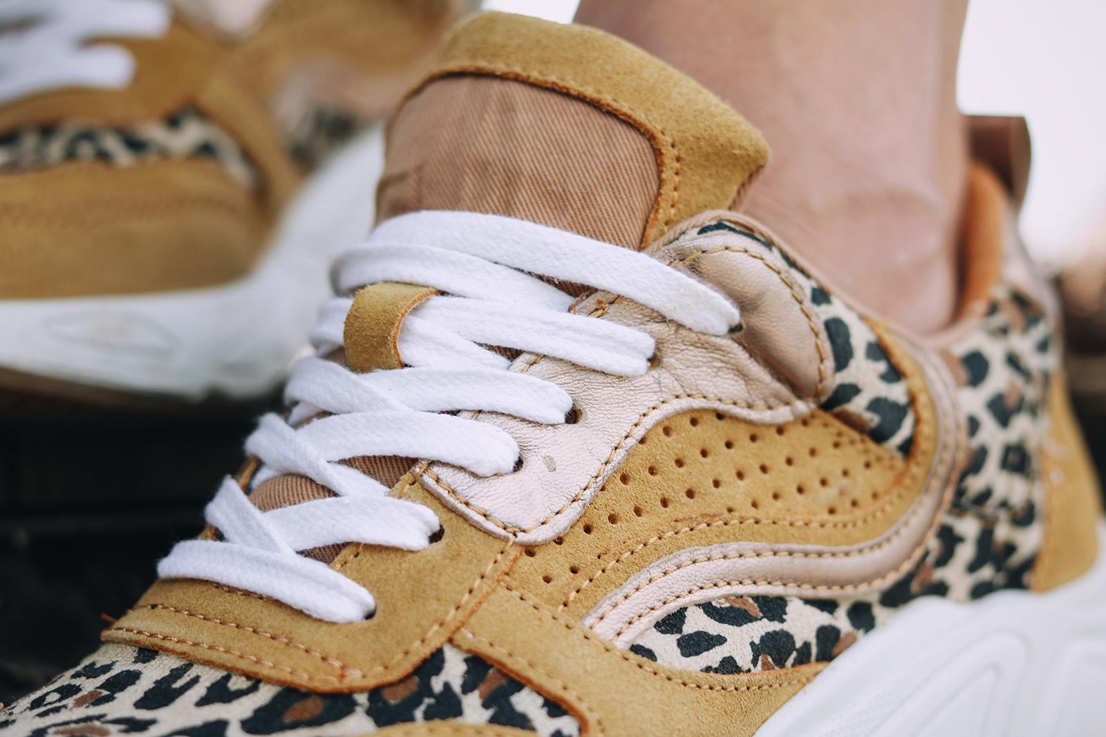 Casual Look: Gelbe Sneaker mit Leopardenmuster Lavie Deboite